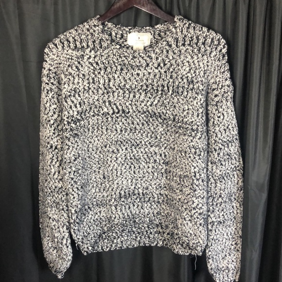 Ruby Moon Blk & White Sweater M